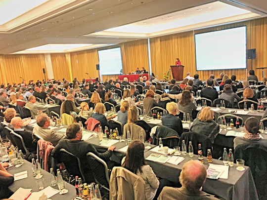 420 Teilnehme am diesjährigen AGO-Symposium in München