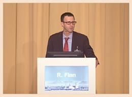 Keynote-Lecture von Prof. Dr. R. Finn zur CDK4/6-Inhibition beim HR+ Mammakarzinom.