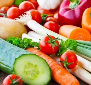 Weniger Kalorien, mehr Nährstoffe – Im Alter gut ernährt