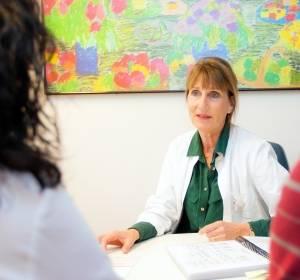 Erblicher Darmkrebs: Familienberatung, genetische Diagnostik und Vorsorge