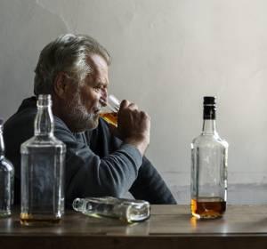 Alkohol: Erhöhter Konsum verschärft Krebsrisiko