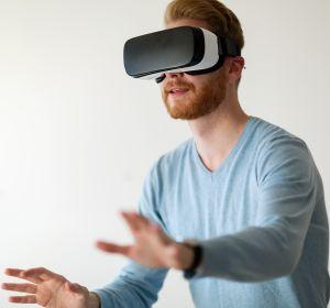 VR-Visualisierung%3A+Erforschung+molekularer+Netzwerke