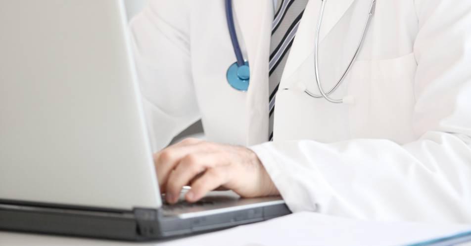 Digitalisierung%3A+Virtuelle+Tumorkonferenzen+w%C3%A4hrend+der+SARS-CoV-2-Pandemie