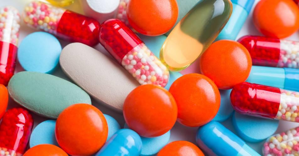 Arzneimittel-Nebenwirkungen%3A+Vorbeugung+durch+Algorithmen%3F